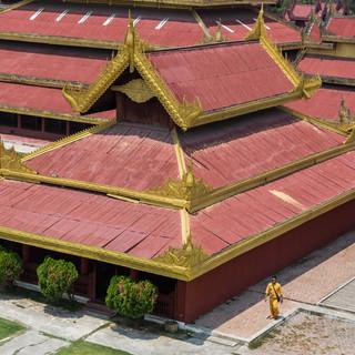 Man in yellow at Mandalay Royal Palace