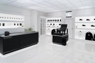 Sneaker LAB Retail Concept