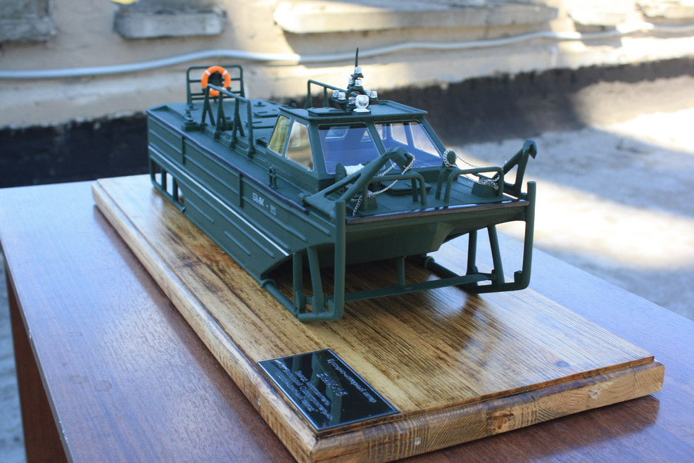 Макет военного катера