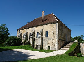 51_talus-saint-prix_abbaye_salle_capitul