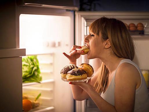 As 2 razões principais para binge e como parar
