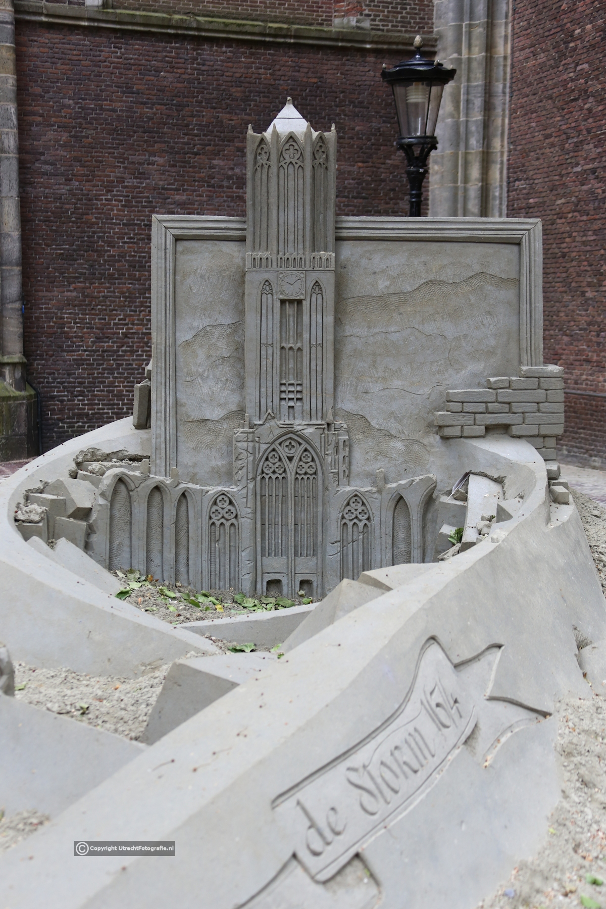 20170520 Zandsculptuur Domplein 1