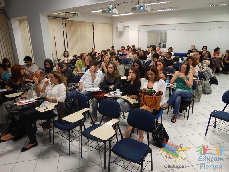 Participantes do colóquio Educom