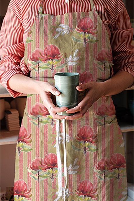 apron-Granmas Apron Protea design-mock-up.jpg