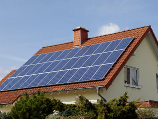 3 BIG REASONS YOU SHOULD NOT BUY SOLAR PANELS THIS YEAR