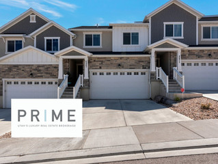 CLOSED AND SOLD! 4 BEDROOM TOWN HOME IN RIVERTON. $465,000