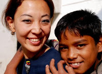 路上で出会う子どもたち、ボーンフリーアートスクールで出会う子どもたちの記録 - Children of Peace