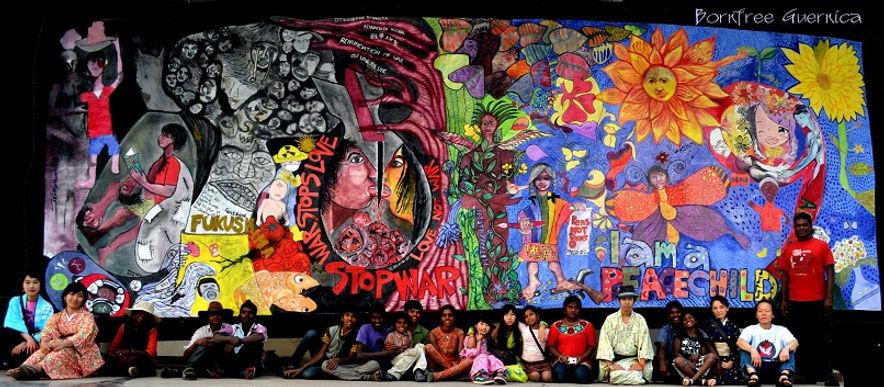 福島の避難者を含む子どもとアーティストがインドで描いた絵
