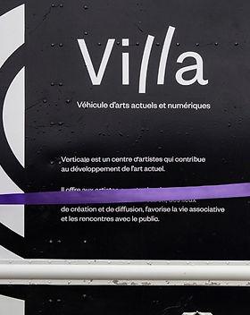 villa-camion_edited.jpg