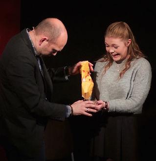 Tryllekunstner Håvard Sand - stand-up, trylling og humor