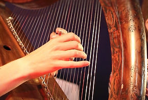 Harpe%20celtique_edited.jpg