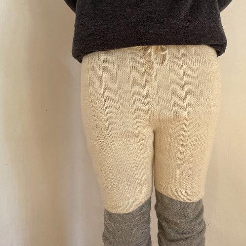 PUENTEさんのアルパカ手編みニットパンツ