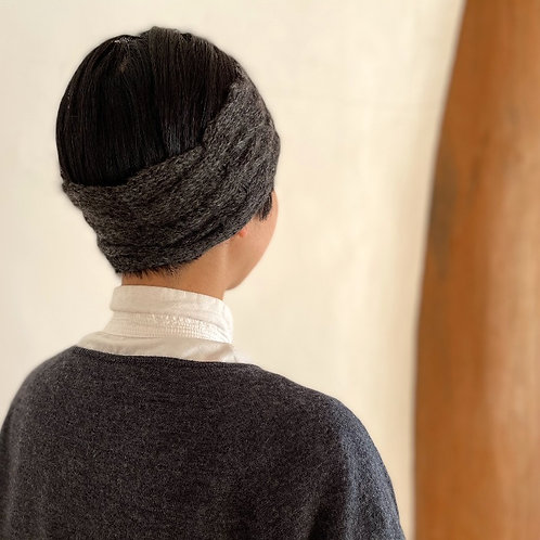 PUENTEさんのアルパカ手つむぎ・手編みヘアーバンド