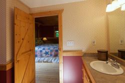 Bedroom_3_Bath2