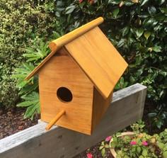 Bird Nesting Box $10