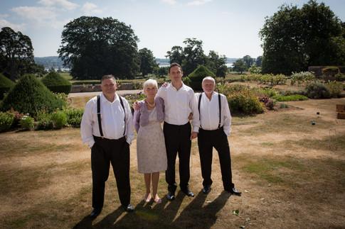 Powderham sunny wedding morning