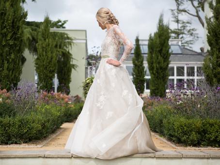 Devon wedding photographer: Sarah Treble Couture at Deer Park Country House Hotel