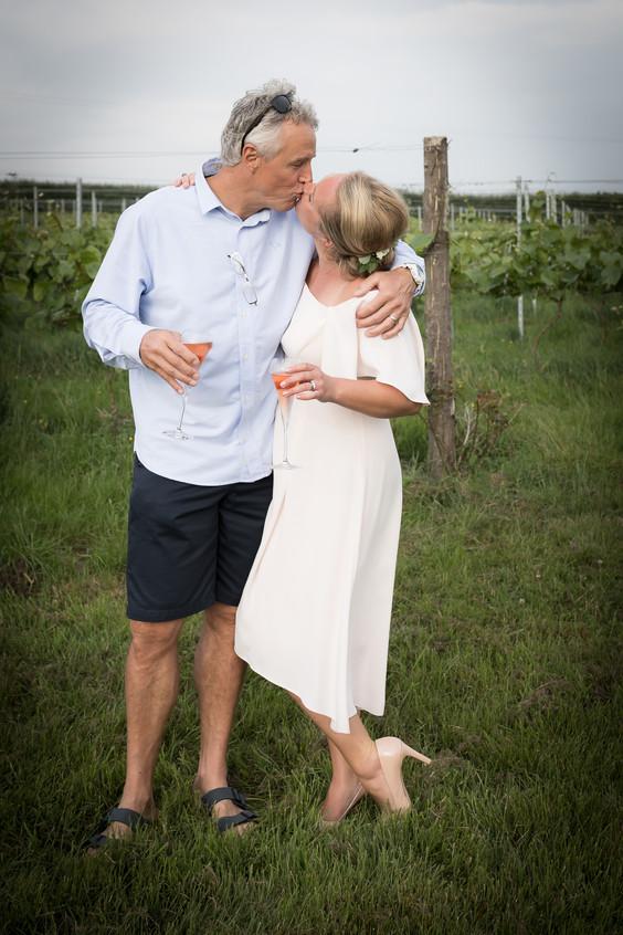 Pebblebed wedding kiss