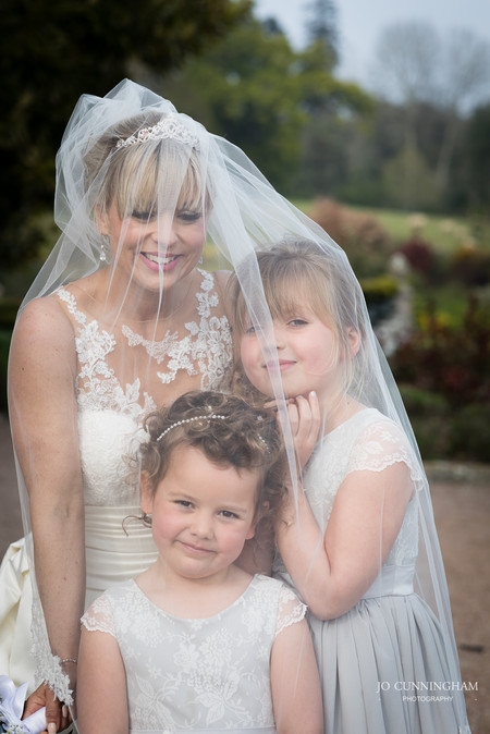 Pynes House Bride and Flowergirls