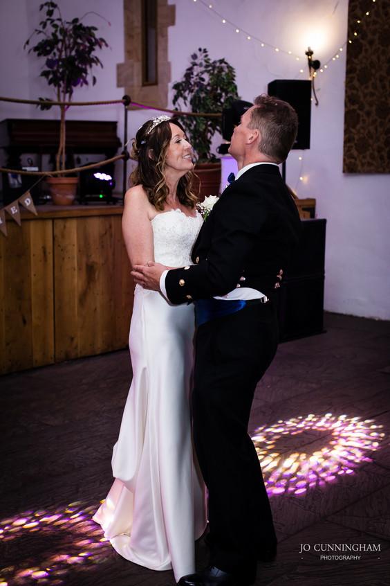 Devon wedding photographer: dance
