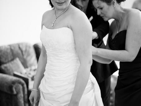 Devon wedding photographer: St Audries Spring Wedding