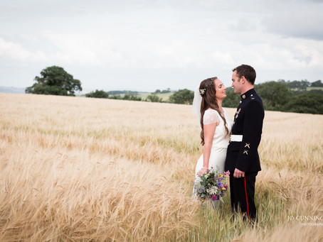 Devon Wedding Photographer: Country Style Wedding at The Oak Barn