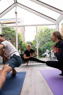 Local Club Yoga Anaïs.jpeg