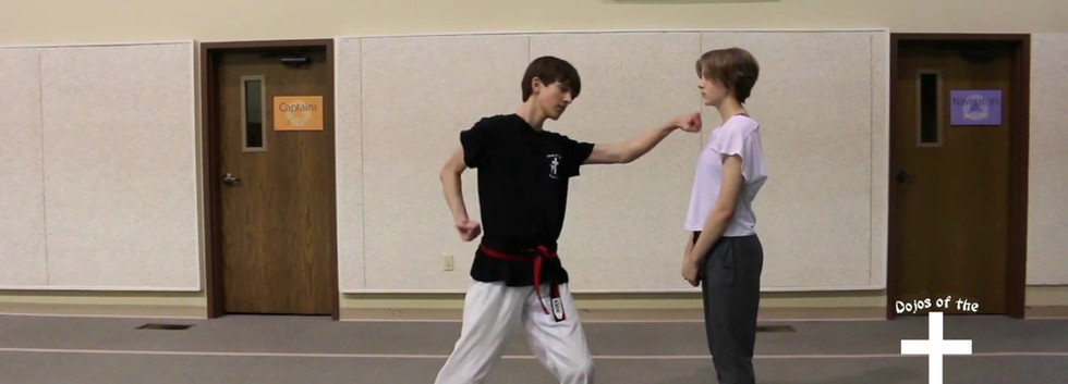 Fixed back stance punch