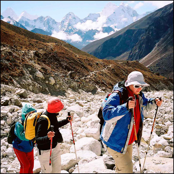 expo-nepali-porter-24.jpg