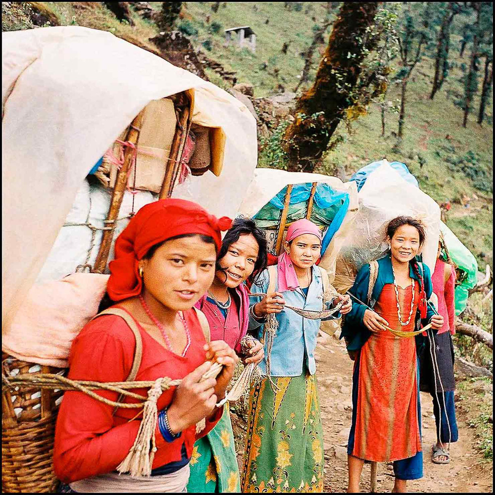 expo-nepali-porter-30.jpg
