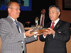 Mayor Esteves presenting to Japan.jpg