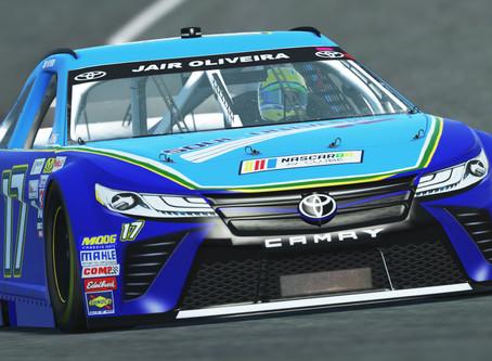 Jair Oliveira brilha no final e garante a primeira vitória na NBRAV Nascar Series.