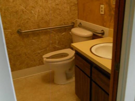 #6 bathroom.jpg