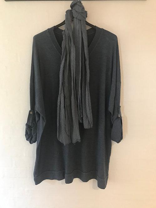 Alberte - Bluse med tørklæde