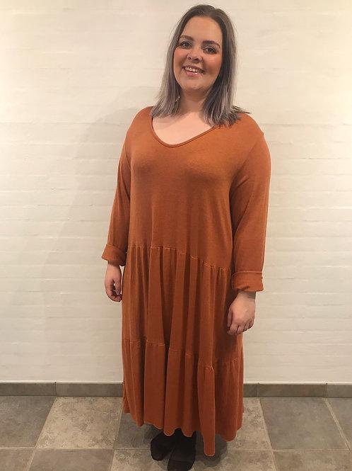 Frida - Ankellang kjole med lange ærmer