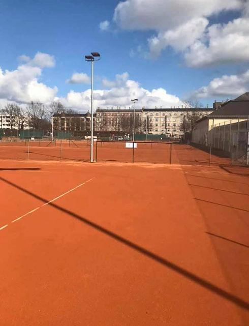 tennis underlag.jpg