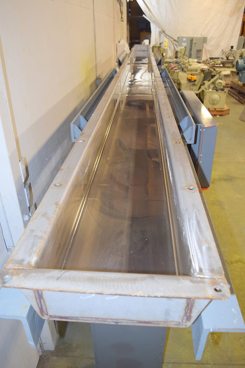 Carrier Stainless steel 25ft long vibrating conveyor,