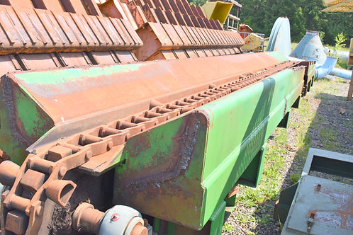 Log transfer conveyor 30 ft long with H132 chain,