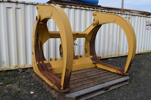 Caterpillar 950K, 950M Log forks attachment  Caterpillar 962 K or 962 M