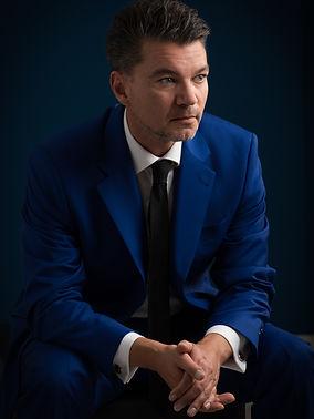 Oliver Meschkat Dozent und Consultant, MBA