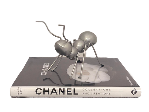Escultura Formiga de metal prateado
