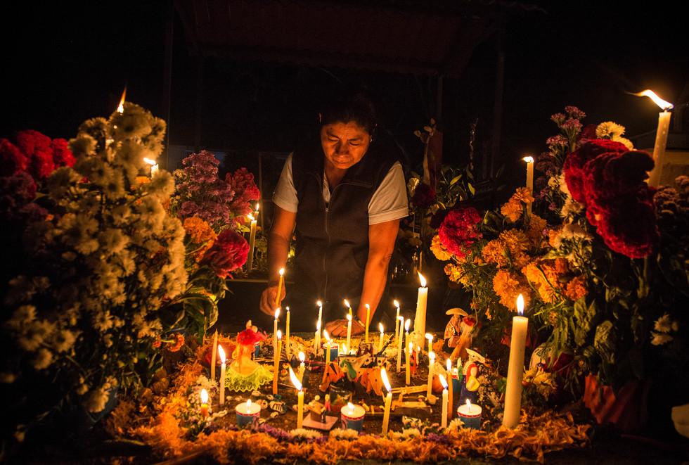 Dia de Los Muertos in Xoxocotlan Cemetary. Oaxaca, November 2015.