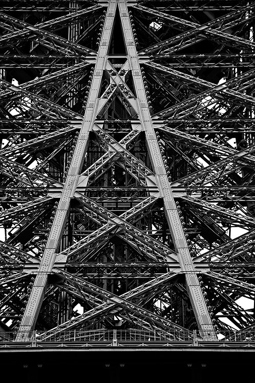 Eiffel Tower Structure 3