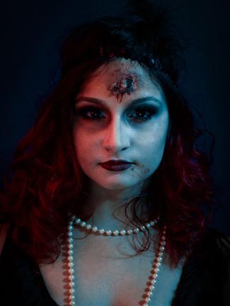 Model and Makeup: Kalliniki Lambrinoudis