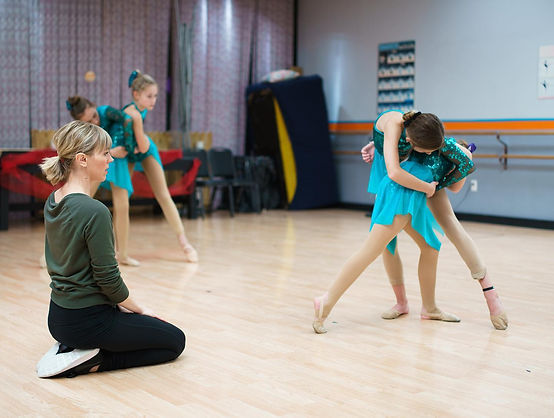 Dance Teacher and students at Mary Lorraine's Dance Center dance classes in Omaha.