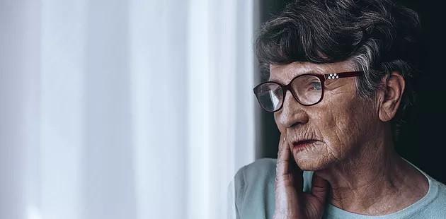 ¿Y cómo saber algunos de los síntomas del proceso de demencia en la personas mayores?