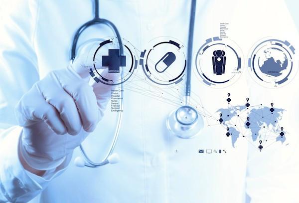 Clínicas e Hospitais conectados por softwares de alta performance