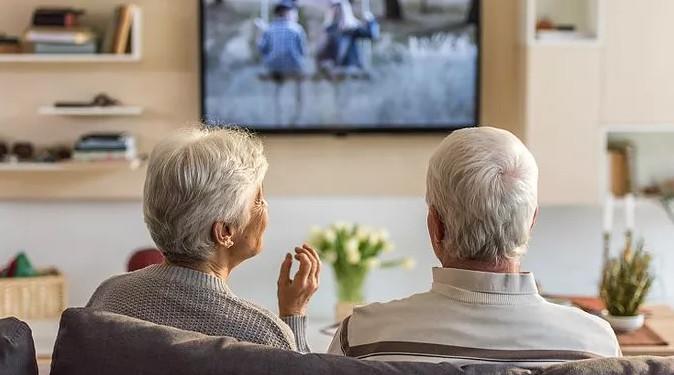 Cómo mantener una casa segura para las personas de la tercera edad