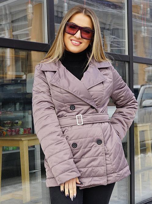 Короткая стеганная куртка с поясом