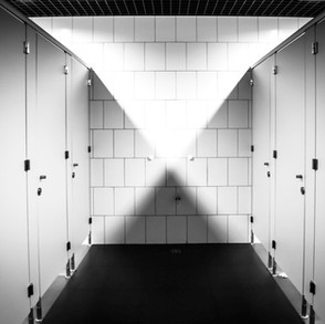 7 Cringeworthy Public Washroom Pet Peeves